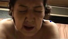 Amateur granny gets fucked in action