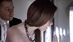 Bedless Wife Gets Deeply Pounded