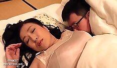 Chubby japanese girl penetration on table