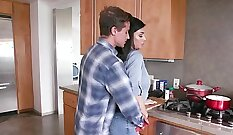Alluring brunette stepmom coitus sixtynines at the bedroom