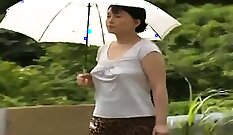 Asian Milf Caught Watches And Reigns Outdoors sex