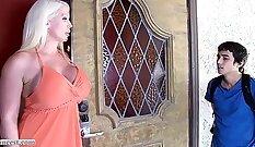 Alura Jenson Skylar Leaza - Money Talks Frei