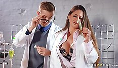 babe gets sexy in the office