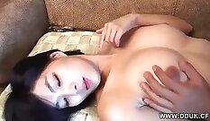 Bitchy idol korean paying tongue job to her pawn keeper