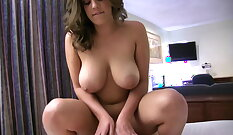 BBW girlfriend gets fucked and facial